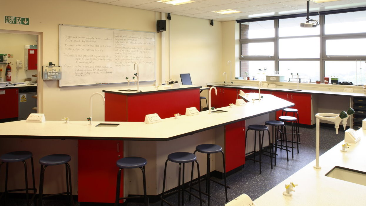 Science classroom in the new extension